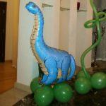 композиция из шаров динозавр на травке, 100грн