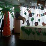 украшение зала шарами десткое день рождение, лев, тигры, пальма из шаров
