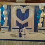 свадебное украшение шарами, сердце из шаров, фонтаны из гелиевых шаров