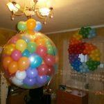 прозрачный шар сюрприз с разноцветными шарами внутри, цифра 6 цвета радуги