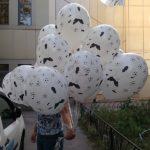 шарик с футболистом и мячами 30см 25грн/шт.
