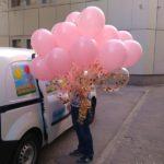 связка шаров надутых гелием, розовые шарики 30см 35грн/шт, прозрачные шарики с конфетти 45грн/шт