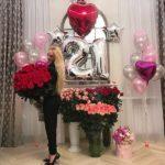 день рождения девушки украшение комнаты шарами