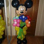 фигуры из шариков Микки маус с букетом цветов из шаров, 400грн/шт.
