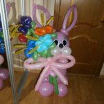 фигура из шариков розовый зайчик с цветами, 400грн/шт.