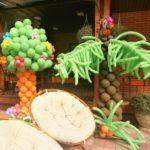 украшения из шаров дерево, пальма с попугаем